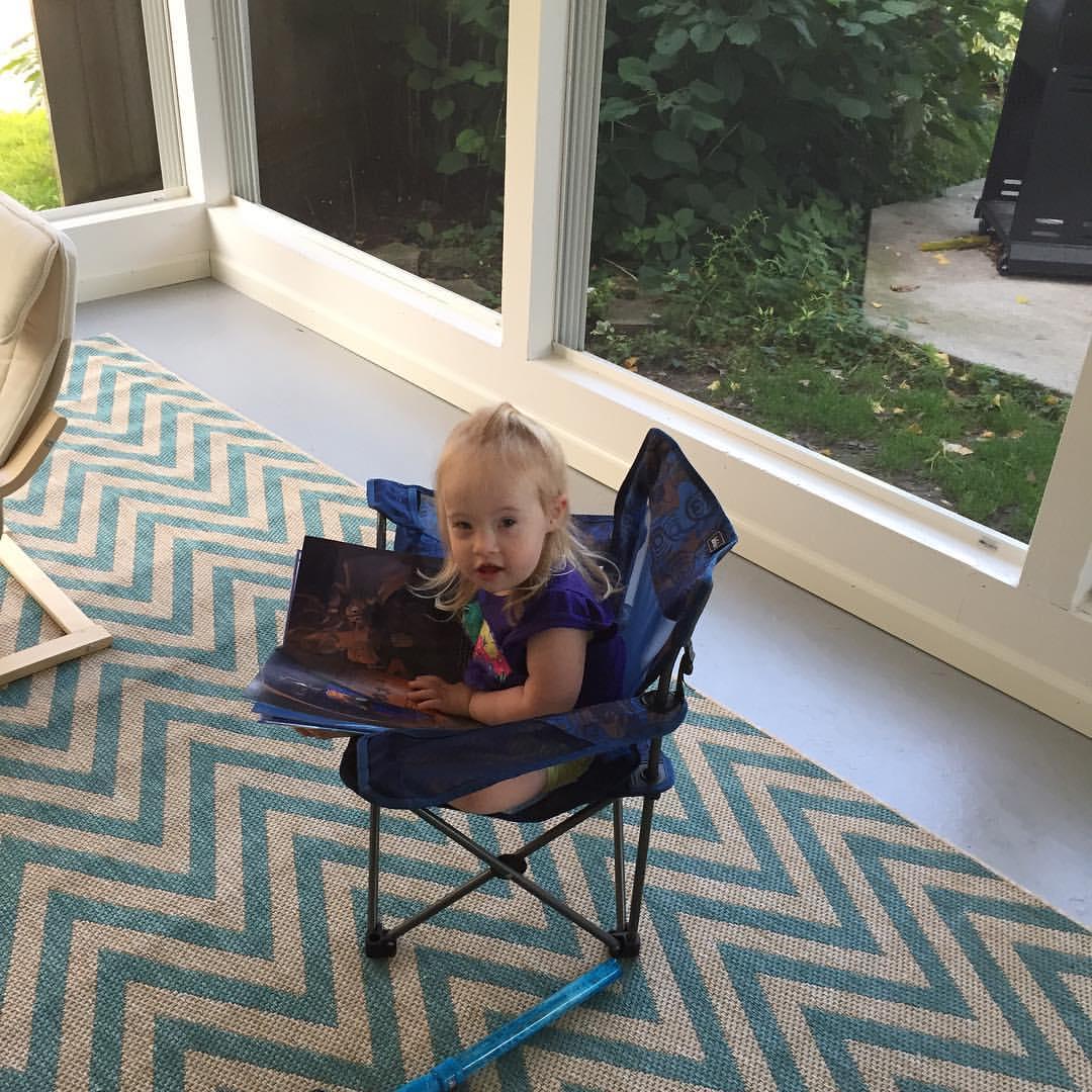 Mia Reads 1